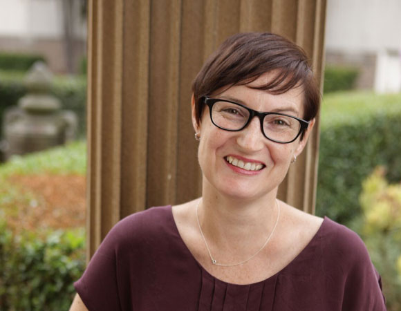 Prof Kirsten Howard